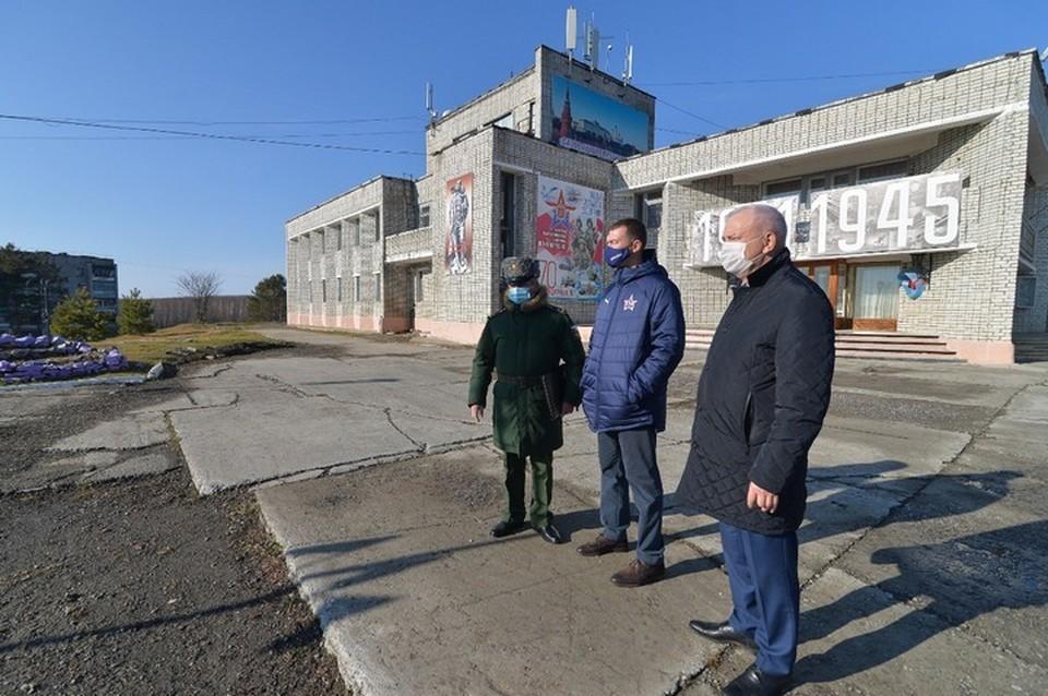 В правительстве Хабаровского края помогут военным с ремонтом жилых домов