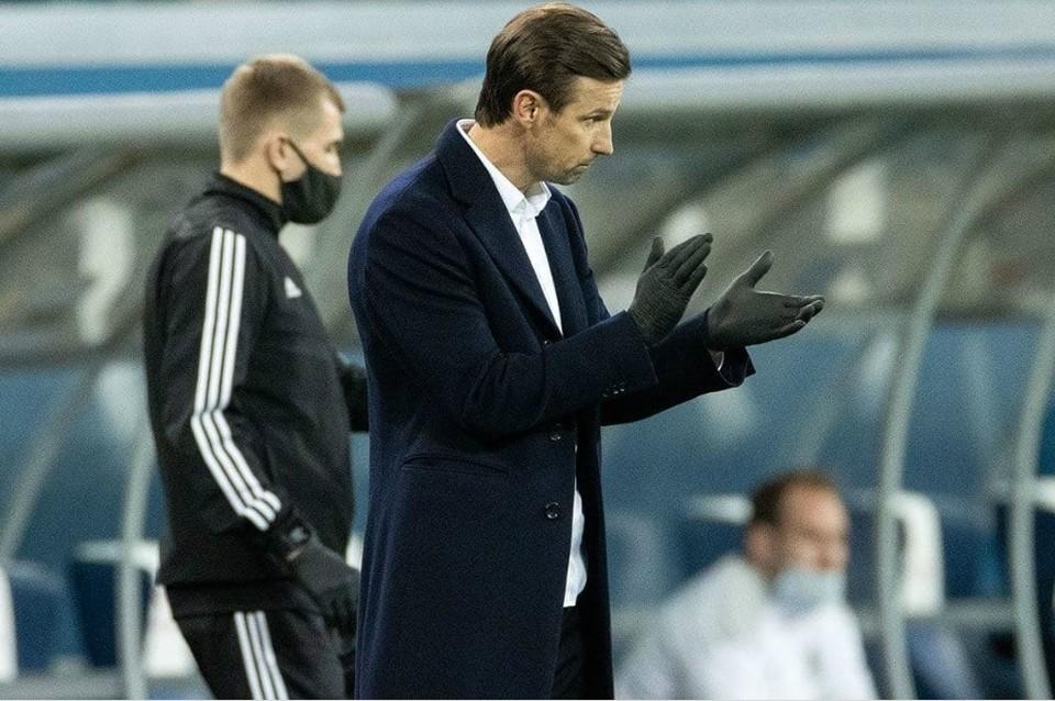 Тренер посоветовал Дзюбе завоевывать уважение виража игрой и самоотдачей на поле. ФК «Зенит»