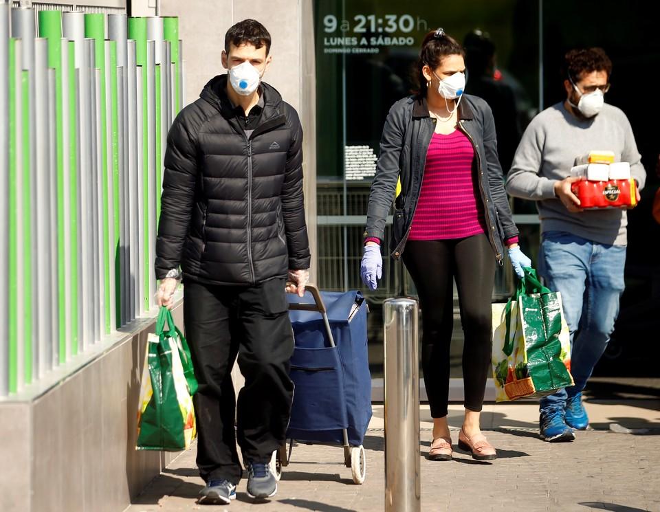 ВОЗ зафиксировала рекордный рост числа заражений коронавирусом за сутки