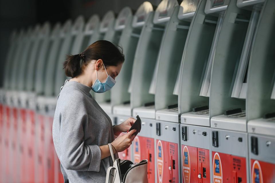 Роспотребнадзор разрешил выписывать пациентов из стационаров после одного отрицательного теста на COVID-19
