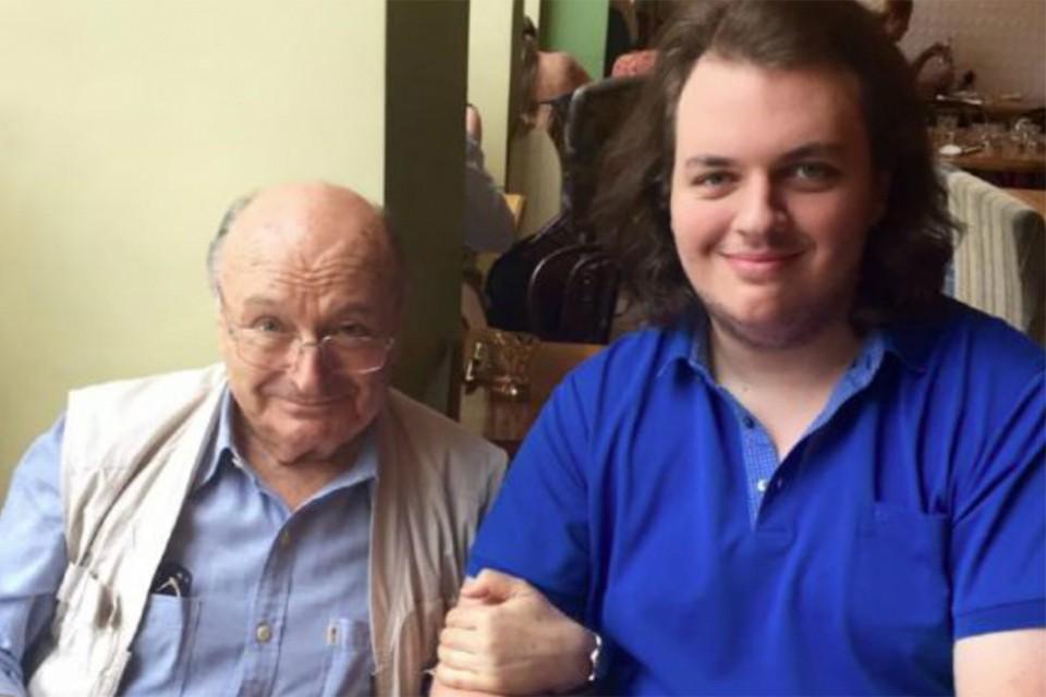 Михаил Жванецкий с сыном Дмитрием. Фото: Личный архив