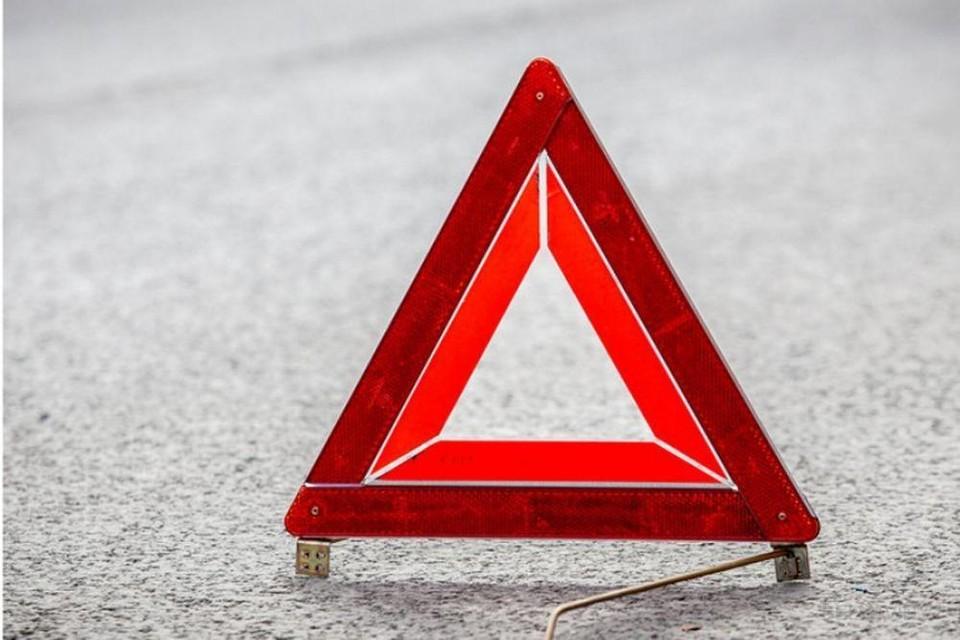 В Вязьме грузовик «Камаз» сбил пешехода на обочине