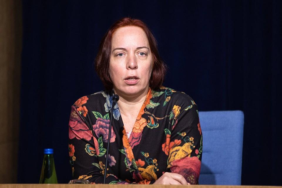 Министр образования и науки Эстонии Майлис Репс вынуждена была подать в отставку после того, как всплыла информация об использовании служебного автомобиля для развозки собственных детей.