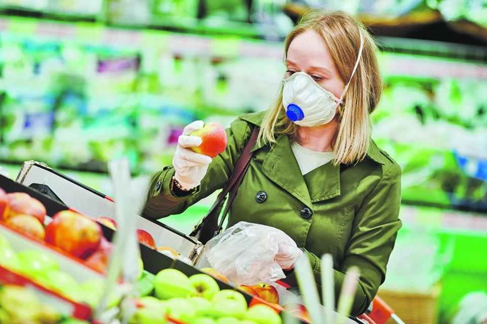Овощи и фрукты - кладезь полезной клетчатки, которая нужна микрофлоре нашего кишечника для поддержания иммунитета.