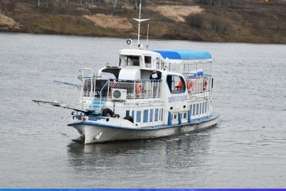 Вместо теплохода ходит автобус. ФОТО: администрация Тутаевского района