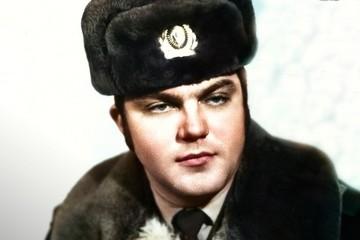 Легендарный инспектор ДПС, спасший 40 американских детей, скончался в Курске
