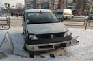 «Машина на тротуаре, а под ней женщина кричит»: очевидцы рассказали подробности ДТП на остановке в Челябинске