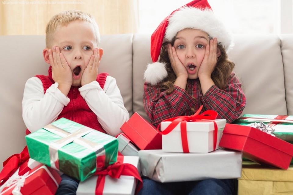 Новый год в обносках: Румыния запретила въезд гражданам Молдовы на рождественские распродажи
