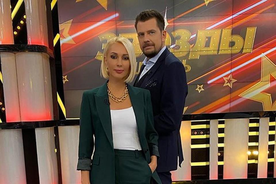 Лера Кудрявцева вела «Звезды сошлись» с Александром Колтовым после увольнения Оскара Кучеры.