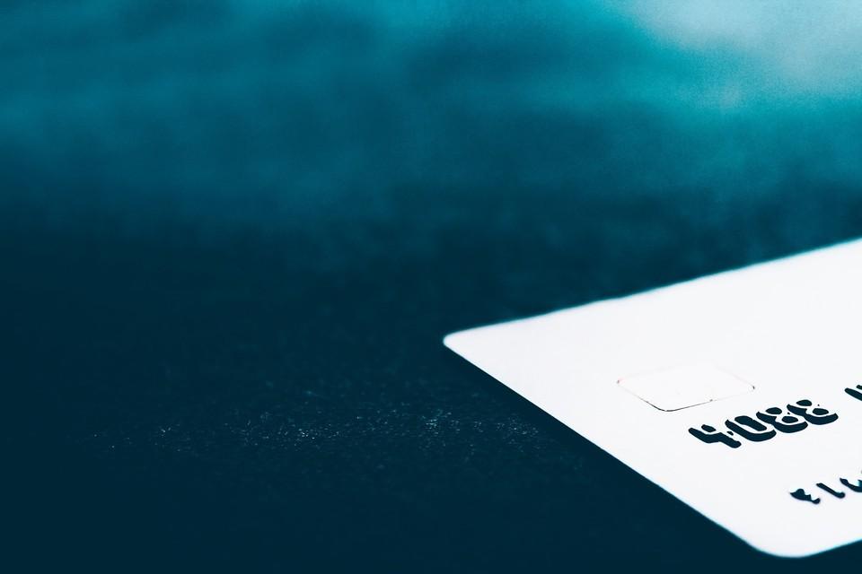 Югорчанин, следуя инструкции перевел свои деньги мошенникам Фото: pixabay.com