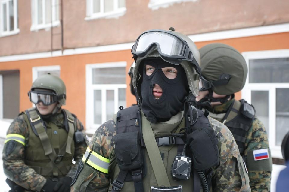 Трое вооруженных нарушителей пытались перейти границу РФ из Украины