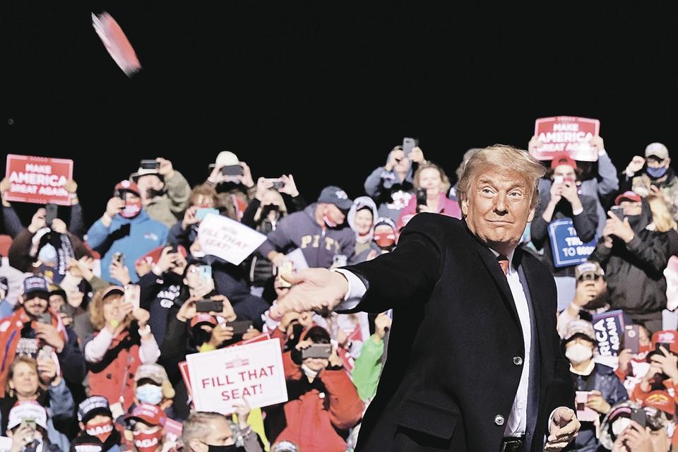 По словам Мэри Трамп, ее дядя - гений самопиара и законченный враль. Фото: Jonathan ERNST/REUTERS
