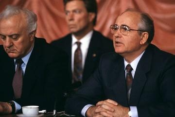 Предавал ли Шеварднадзе Горбачева?