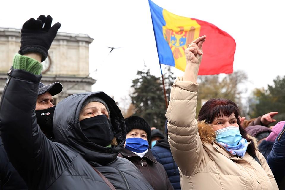 Молдавия говорит на русском. Официально – около 40% населения русскоязычные, но в уличной, бытовой реальности - все