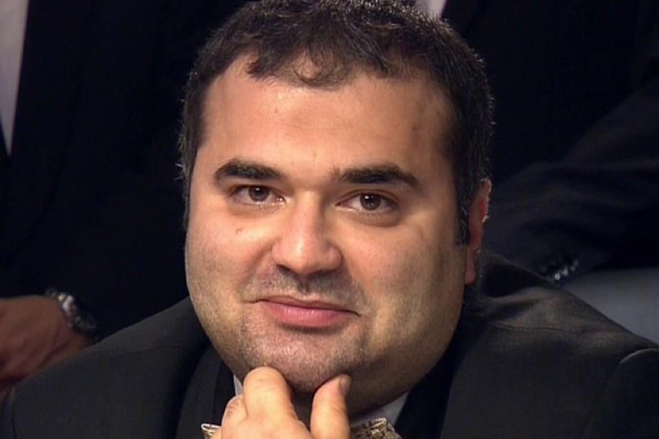 Балашу Касумову и его команде надо решить непростую задачу. Фото: Первый канал