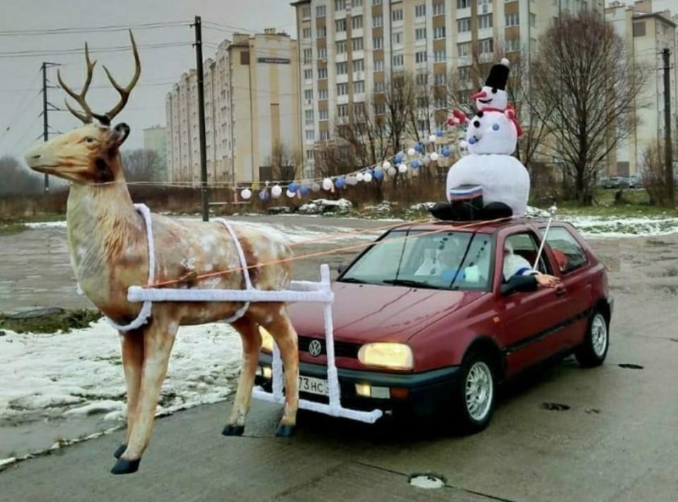 Калининградский Дед Мороз и его повозка