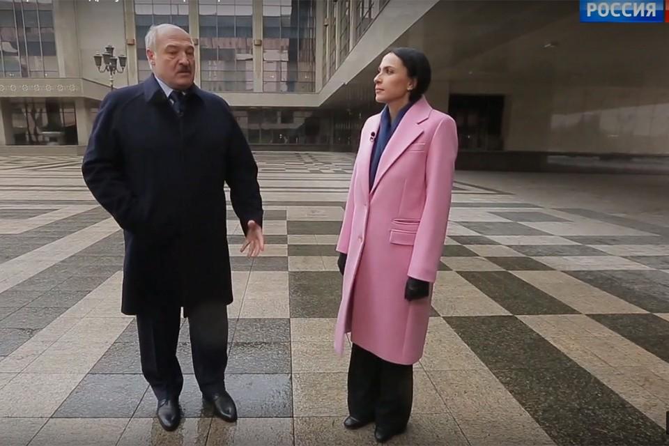 Александр Лукашенко назвал российской журналистке два условия, при которых он может выпить алкоголь. Фото: кадр из видео Россия-1.