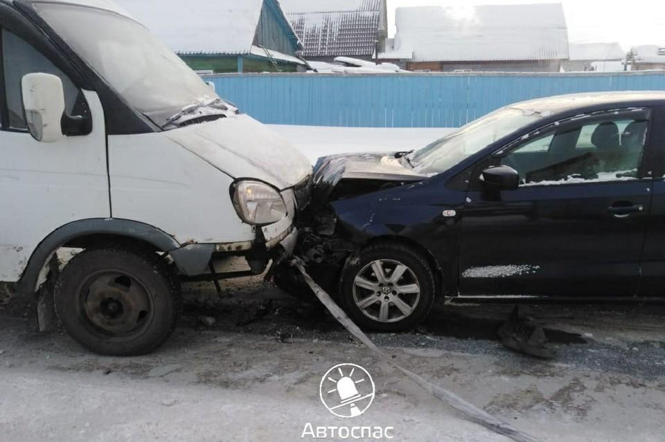 Всего в ДТП попали пять автомобилей. Фото: ДТП САС 54 | Новости Новосибирска Автоспас