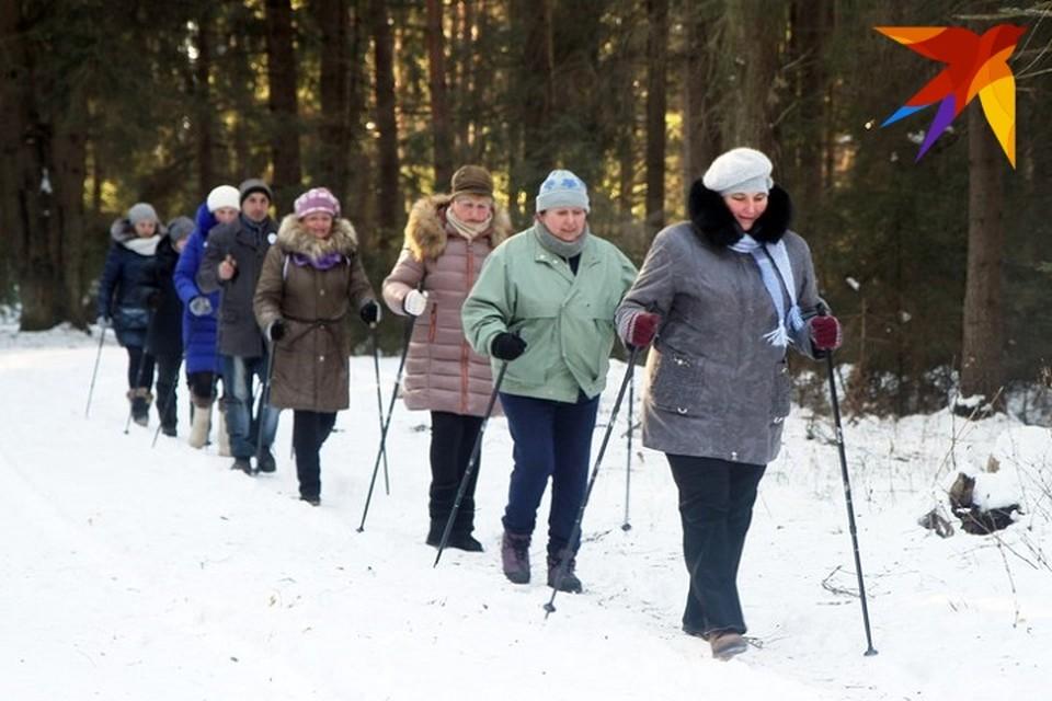 Женщины были доставлены в РУВД в Витебске прямо с прогулки с палками для скандинавской ходьбы. Фотоиллюстрация.