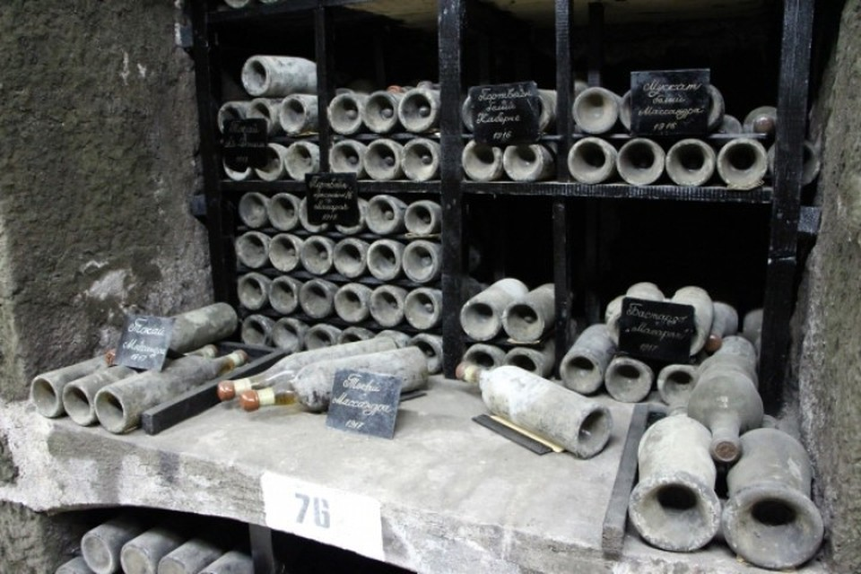 Завод марочных вин «Коктебель» планируют продать за 100 миллионов рублей.