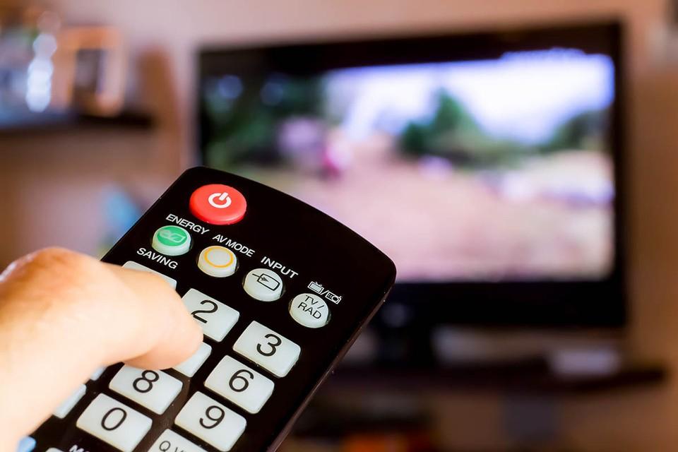На телевидении выросло количество негативной информации в новостных и общественно-политических программах.