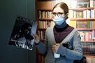 В Москве открыли «Музей самоизоляции»: маски из марли и этикетки от вина