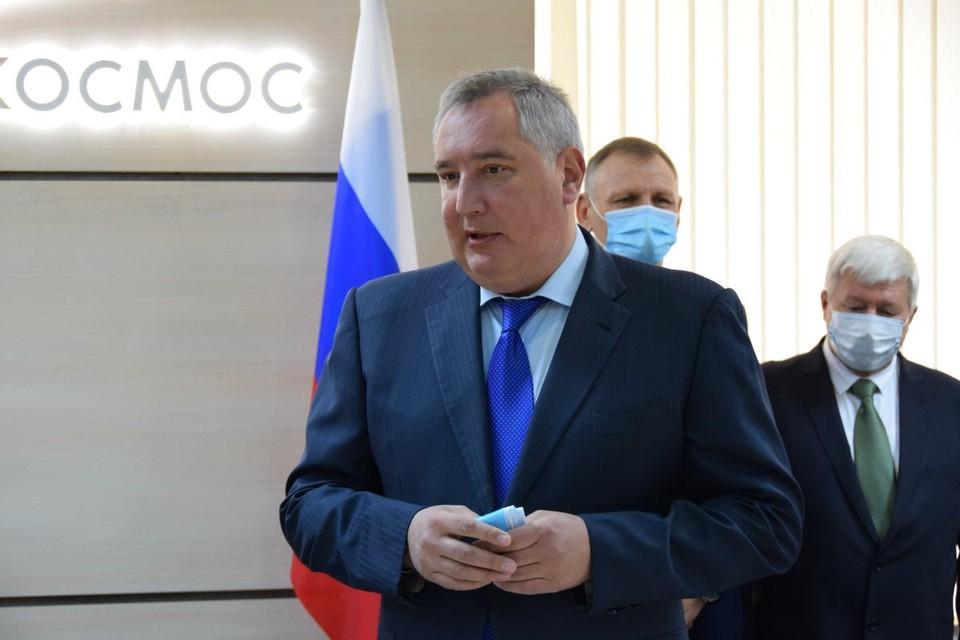 Рогозин сообщил, что Facebook частично разблокировал его страницу.