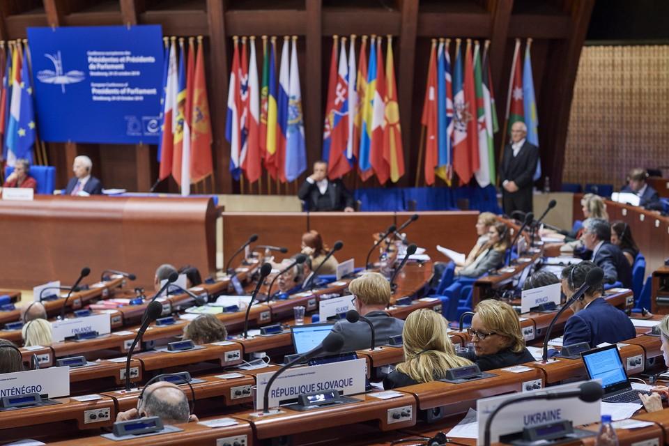 Депутаты Парламентской ассамблеи Совета Европы (ПАСЕ) проголосовали за продление полномочий российской делегации в организации