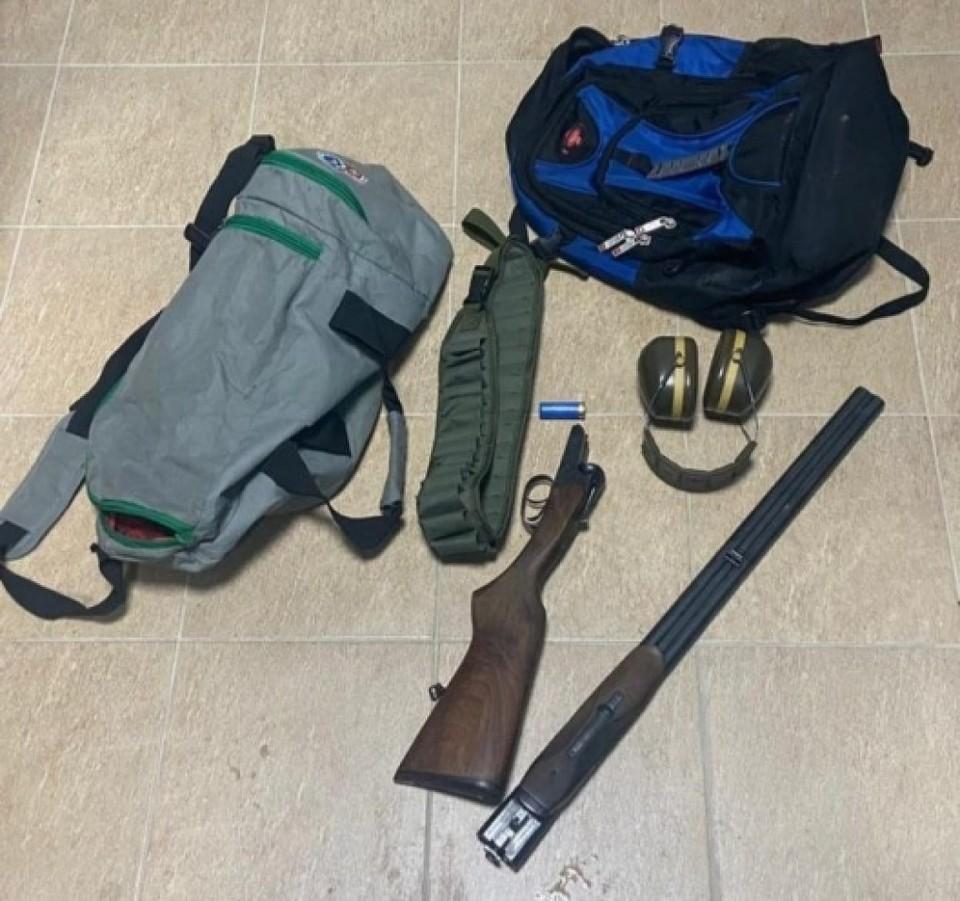 Подростки вышли «на охоту» с дедушкиным ружьем, найденным на чердаке. Фото: politia.md