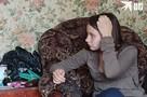 В Новосибирске 14-летняя школьница родила дочку от соседа: ребенка грозится забрать опека