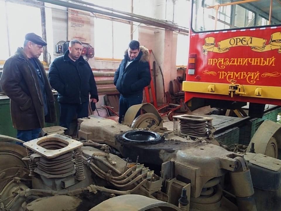 Сотрудники трамвайного депо Орла будут чинить вагоны для соседних регионов. Фото: пресс-служба ТТП