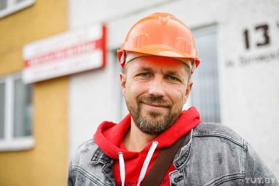 В Солигорске снова задержали шахтера Корзуна, который осенью приковал себя наручниками под землей. Фото: tut.by