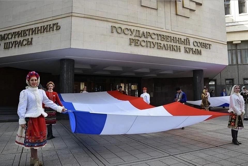 Европа и США ввели санкции в 2014 году, после того, как Крым стал российским регионом