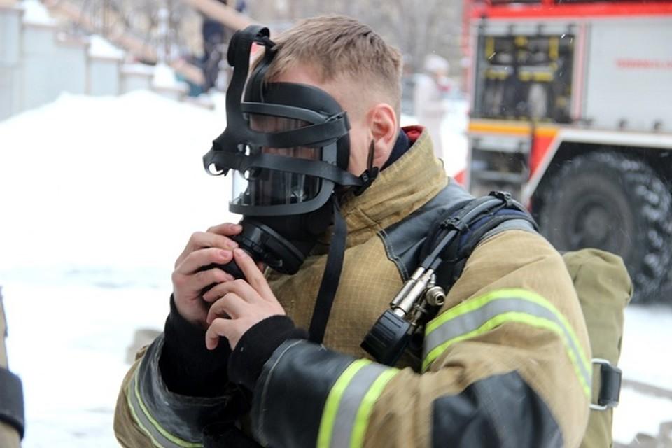 Двоих человек условно спасли пожарные в Хабаровском театре музкомедии