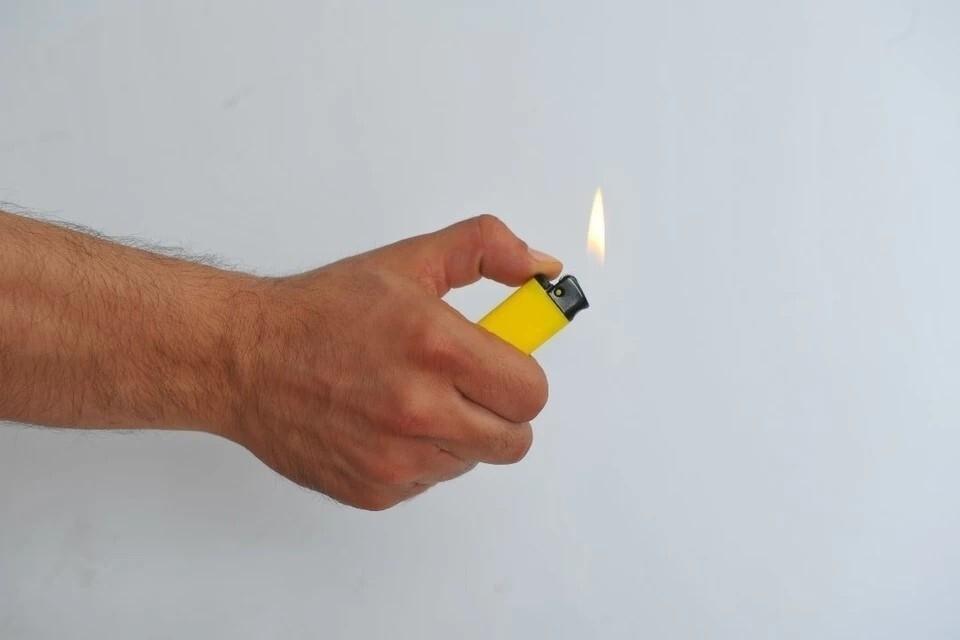 Предполагается, что за продажу зажигалок продавцов будут штрафовать.