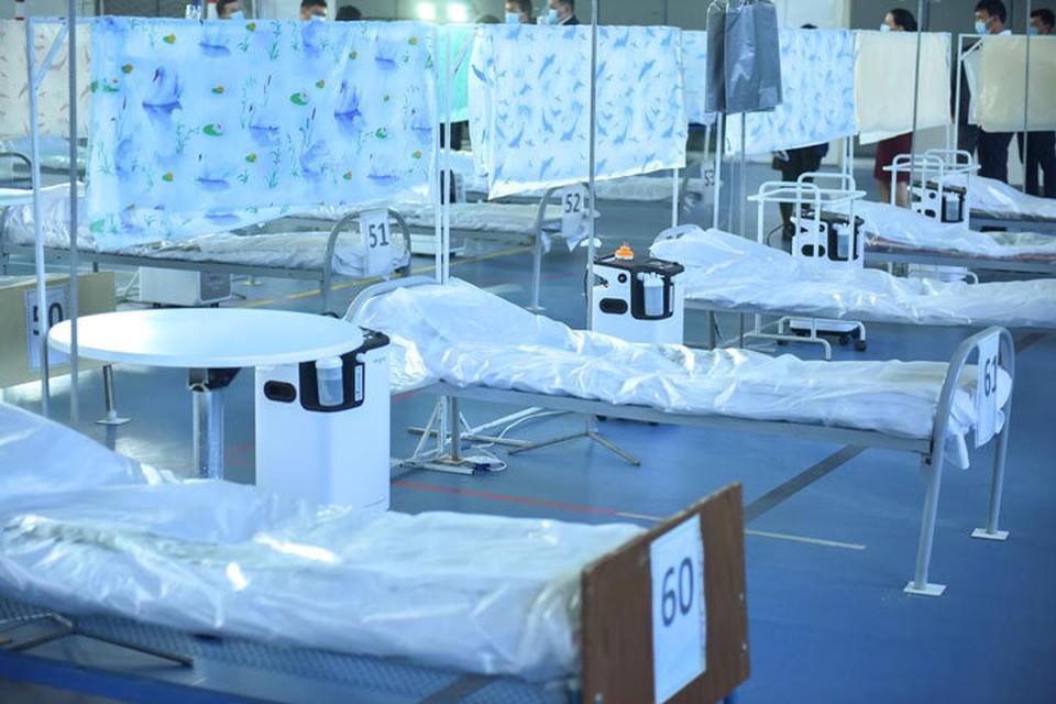 По поручению Новикова, каждый район страны должен в течение 1-2 дней развернуть в больницах дополнительный коечный фонд.