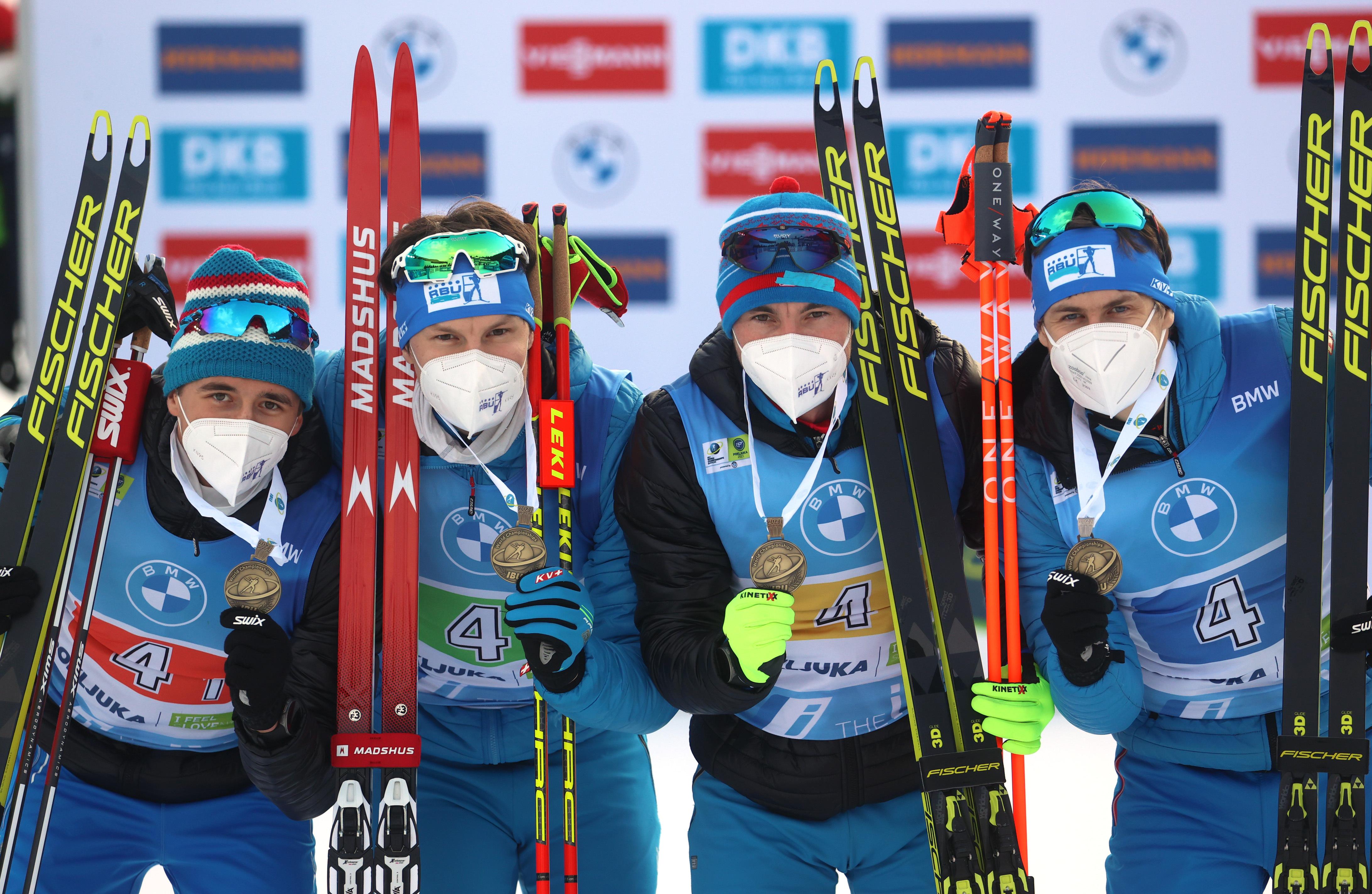 Россияне Саид Каримулла Халили, Матвей Елисеев, Александр Логинов и Эдуард Латыпов заняли третье место в мужской эстафете 4х7,5 км
