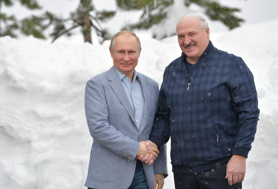 Президент России Владимир Путин и президент Белоруссии Александр Лукашенко в Сочи.