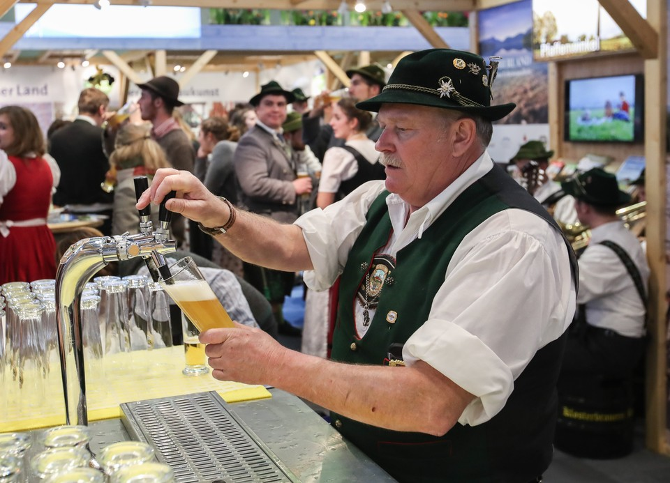 В Германии уничтожили миллионы литров пива из-за COVID-19