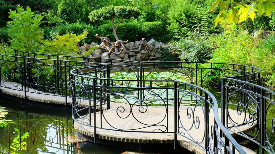 Парк был заложен еще в 19 веке и имеет богатую историю. Фото: Минэкологии и природных ресурсов по РК
