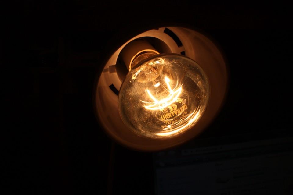 К 20.00 в ЕТК сообщили о том, что электричество вернулось в дома.