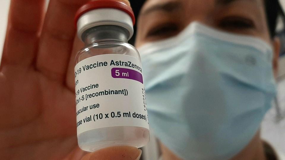 Врачи из Чадыр-Лунги и Комрата отказываются вакцинироваться препаратом AstraZeneca