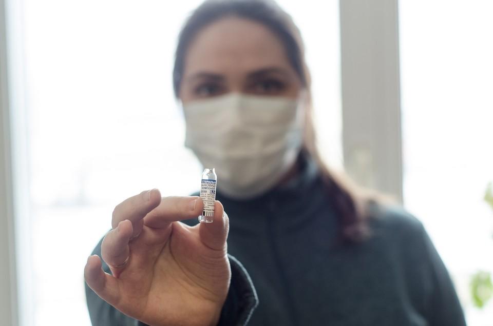 Укольный дневник: челябинцы рассказали, что ждет после прививки от коронавируса