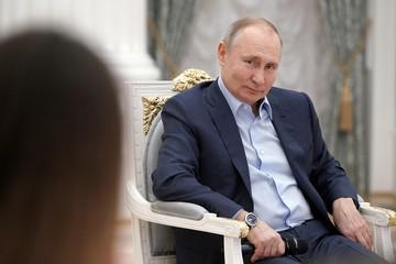 Почему Путин верит в волонтеров