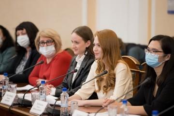 Наравне с сильным полом: в Челябинской области науку развивают женщины-ученые