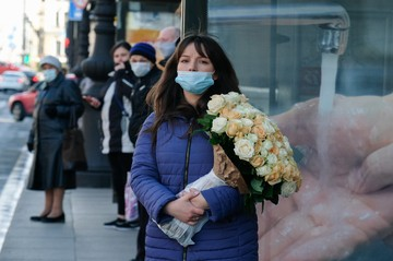 Самые аллергенные цветы: Медики рассказали, какие букеты лучше не дарить на 8 Марта