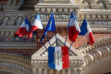 Утечка: Россия и Франция тайно выслали дипломатов