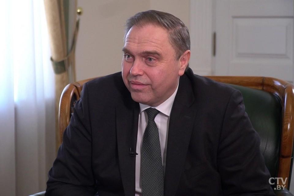 Владимир Караник сказал, что вакцинируется от коронавируса только если у него не будет нужного количества антител. Фото: СТВ.