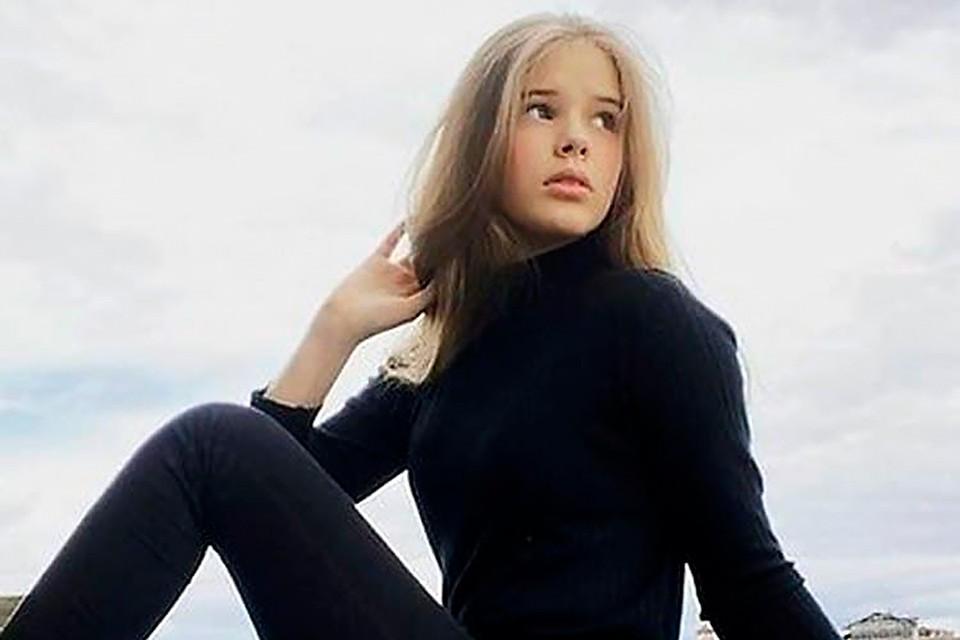 13-летняя Женя Абдулова стала совсем взрослой. Фото: Инстаграм.