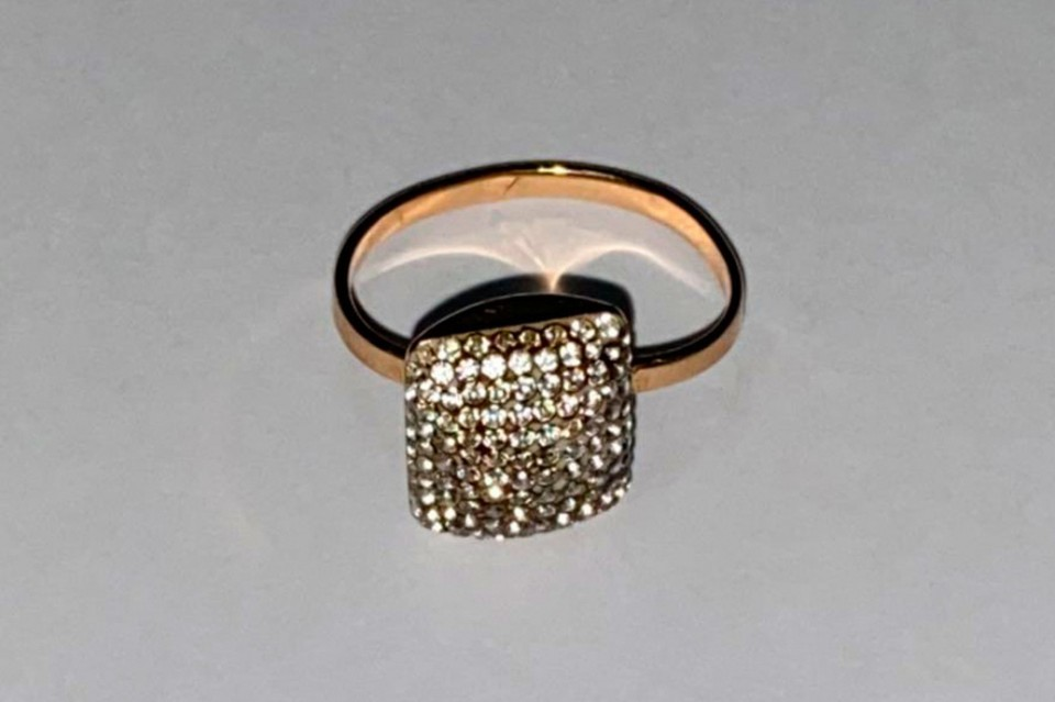 Под Липецком злодей похитил дорогое кольцо
